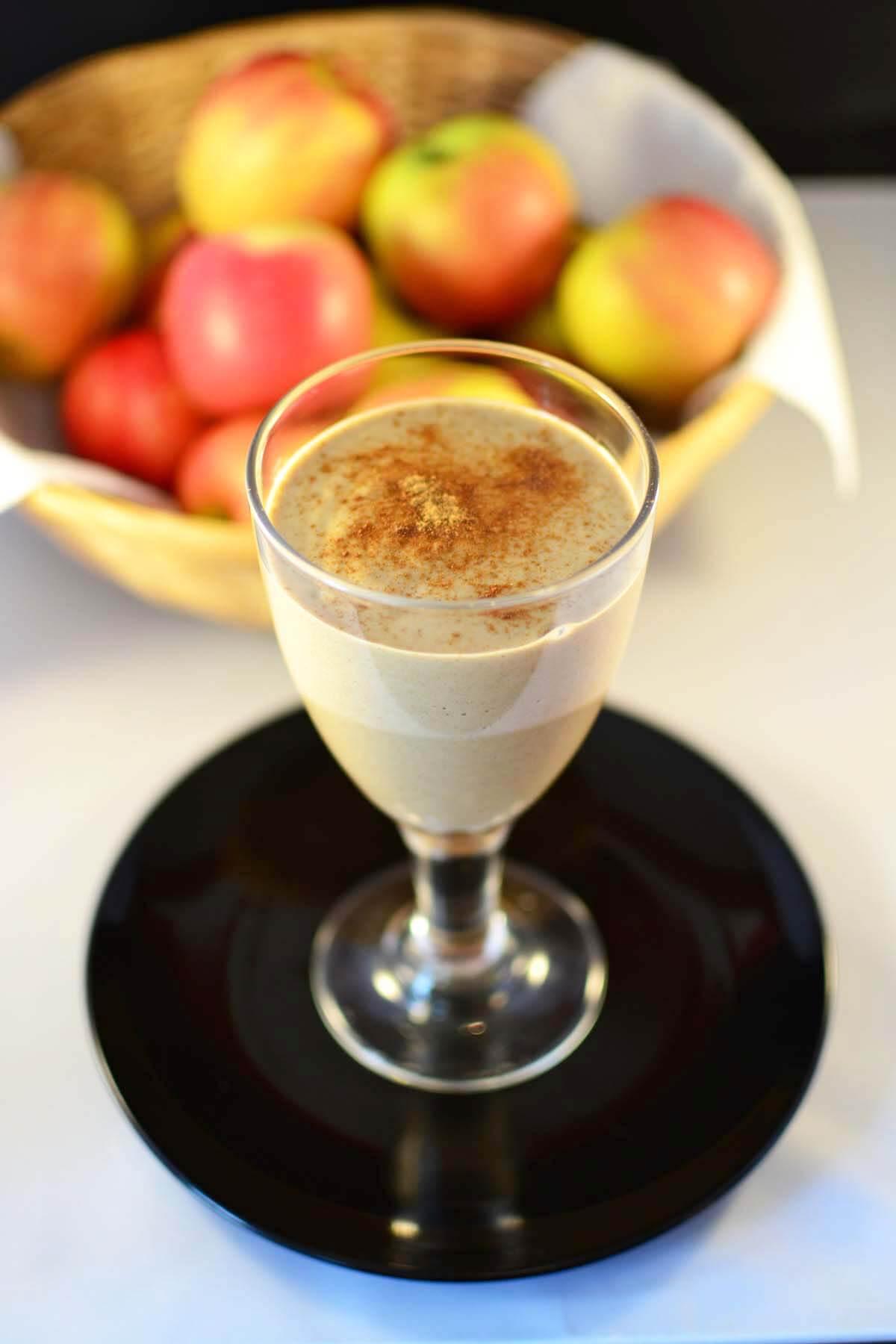 Healthy Apple Pie Dessert Thickie Smoothie