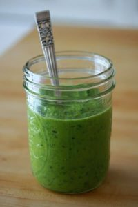 Holly's Green Smoothie: Healthy Green Kitchen