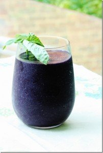Pre-apocalyptic Blackberry Basil Smoothie: Choosing Raw