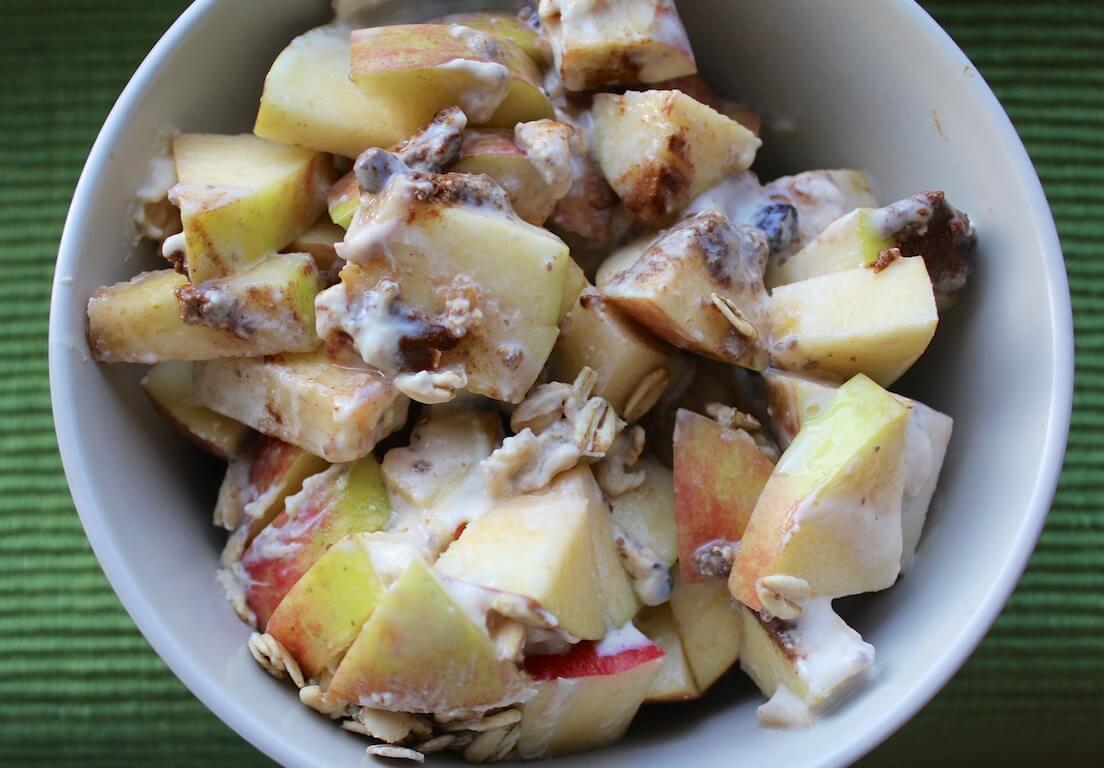 No-Cook Apple Oatmeal