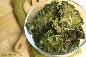 """Oven """"Dehydrated"""" Kale Chips"""