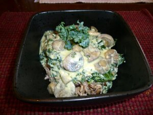HEALTHY BECHAMEL SAUCE WITH MUSHROOMS AND KALE