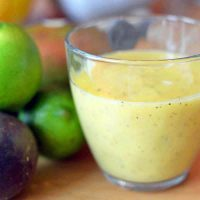 Mango and Passion Fruit Smoothie (Green Thickie) for Good Eyesight