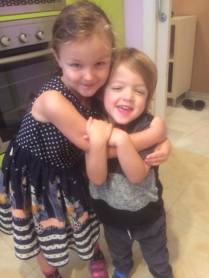 kids cuddling