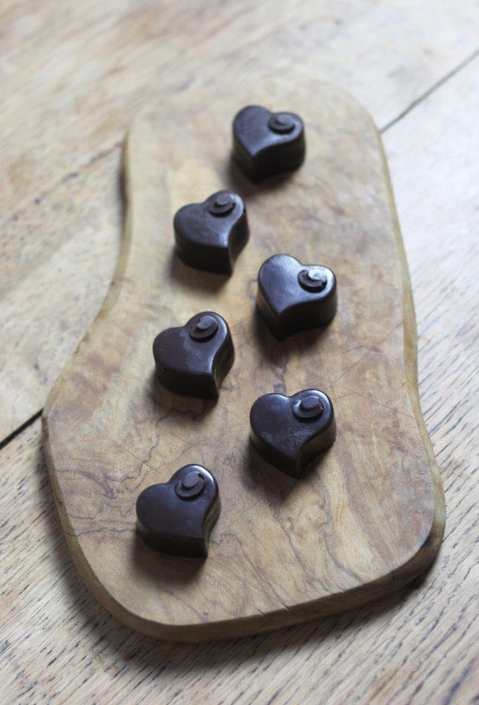 37 Healthy Valentine's Day Recipes: Indulge Without The Bulge valentine's day chocolates heart shaped chocolates