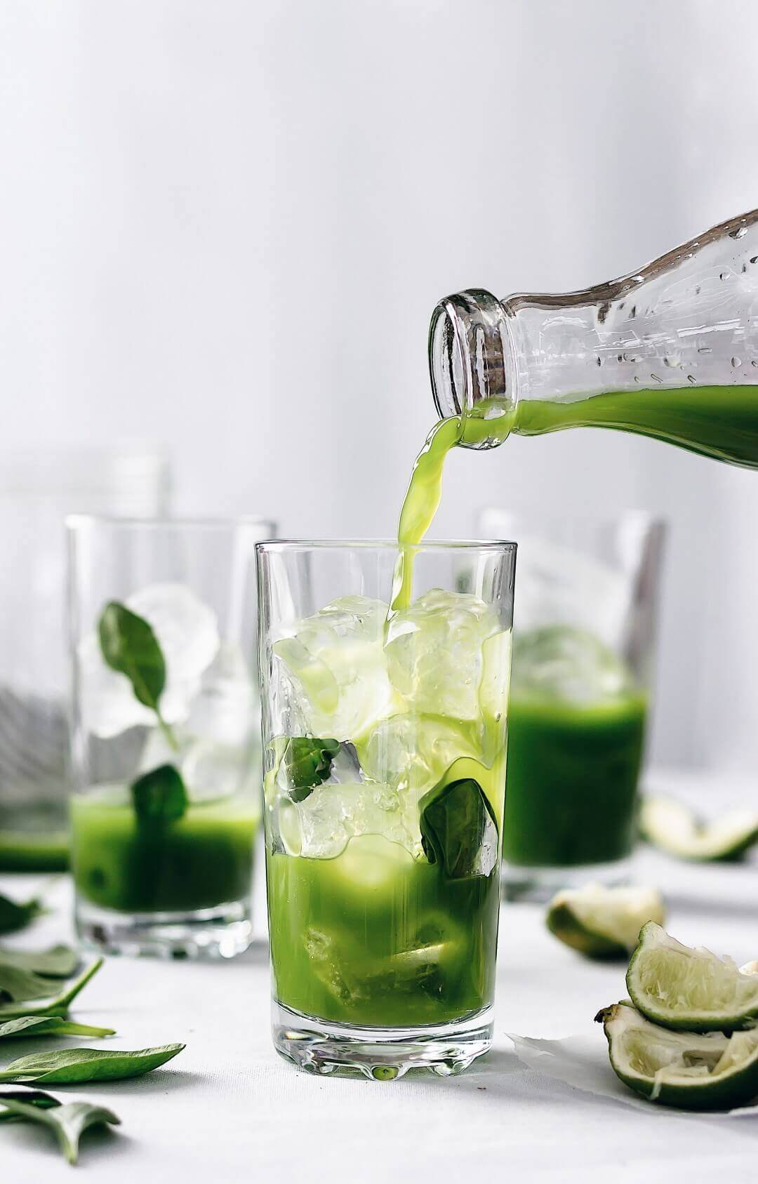 33 HEALTHY Green Drinks For St Patrick's Day VITAMIN RICH SUPER GREEN JUICE