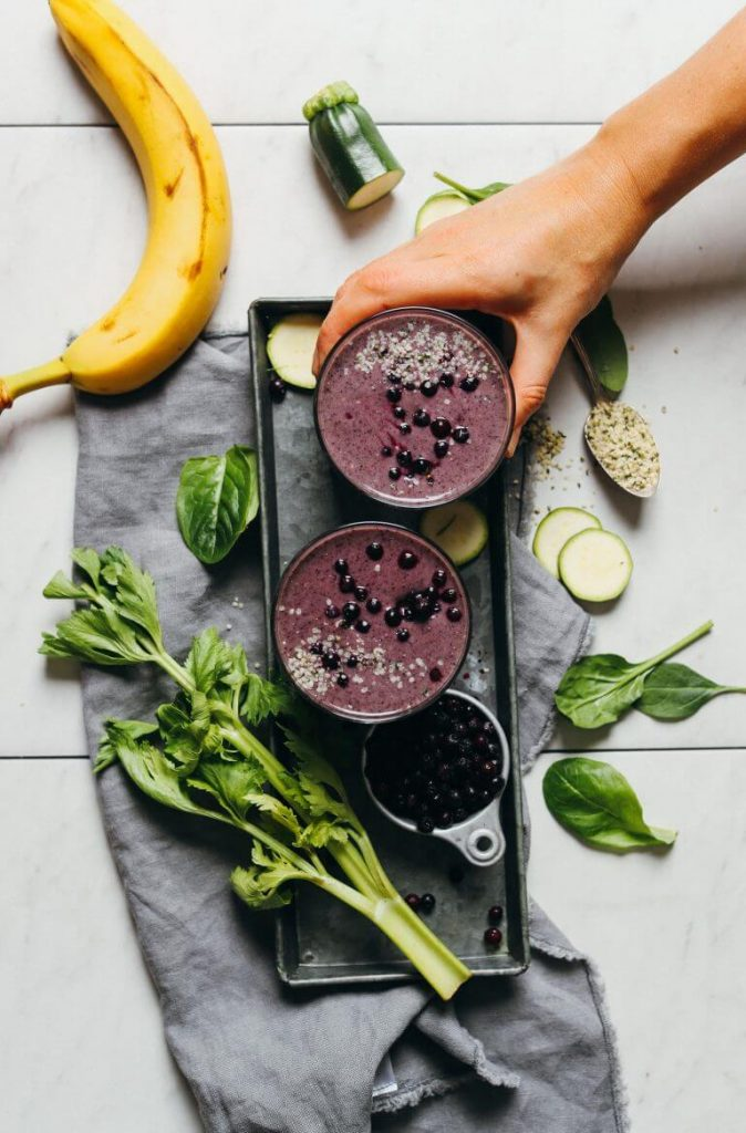 27 HEALTHY Smoothie Recipes: Tasty & Quick CREAMY ZUCCHINI BLUEBERRY SMOOTHIE