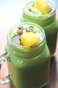 27 HEALTHY Smoothie Recipes: Tasty & Quick Climate Cooler Coconut & Pineapple Green Thickie
