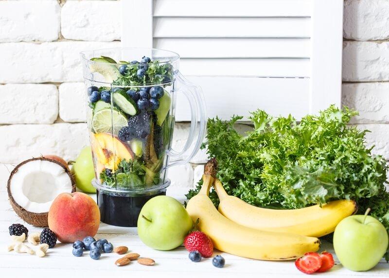 16 Best Smoothie Storage Solutions: My Smoothie Station Ideas; Fresh smoothie fruits greens blender