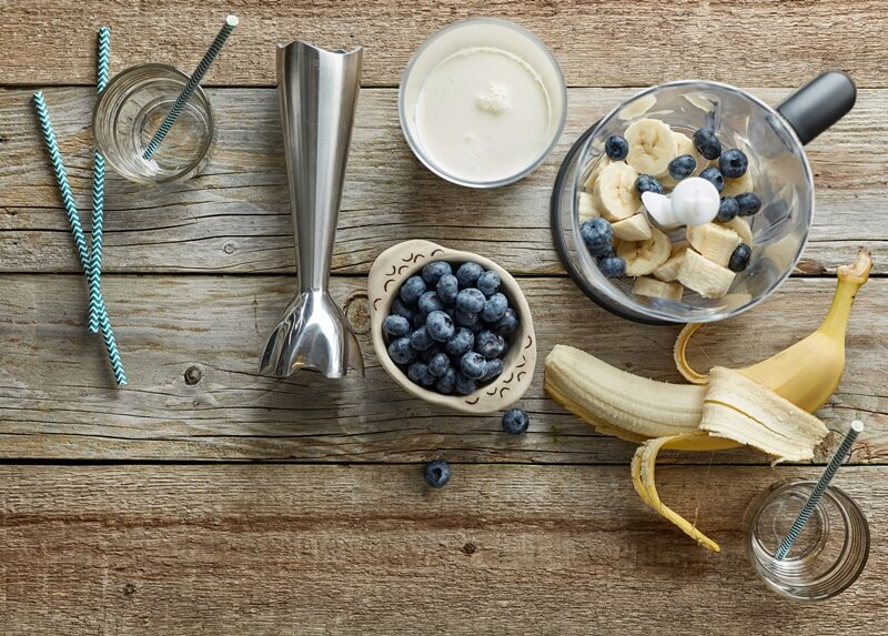 Complete Ninja Blender Guide: ingredients to make smoothie, banana and blueberries with blender