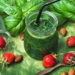 Fresh spinach green smoothies