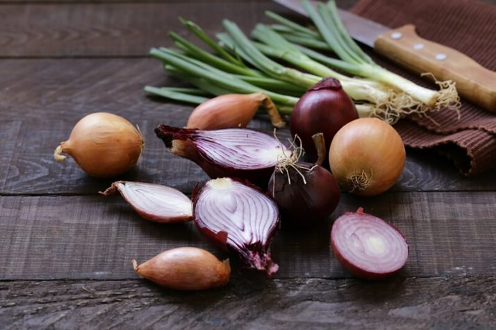 34 High Protein Vegetables You Probably Already Eat; Natural Organic Onions