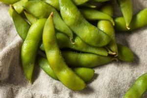 34 High Protein Vegetables You Probably Already Eat; Raw Green Organic Edamame Soy Beans