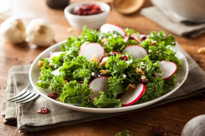 Kale Vs Spinach: We Compare Taste, Health, Protein, Nutrients; Healthy Raw Kale and Cranberry Salad