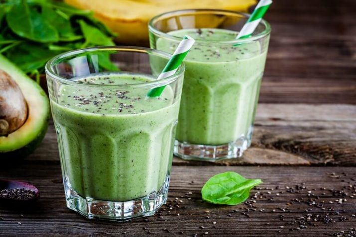 How Much Green Smoothie Should I Drink A Day?;green smoothie with banana, kiwi, avocado, spinach and chia seeds