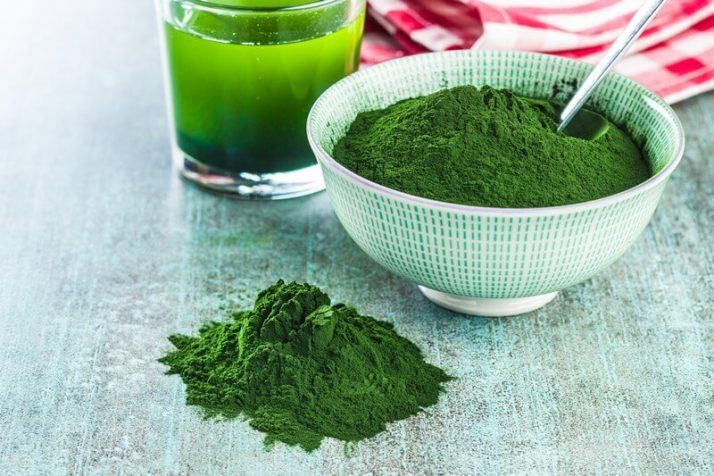 Spinach Powder Vs Fresh Spinach: Includes Weight Loss Recipe; Chlorella or green barley. Detox superfood