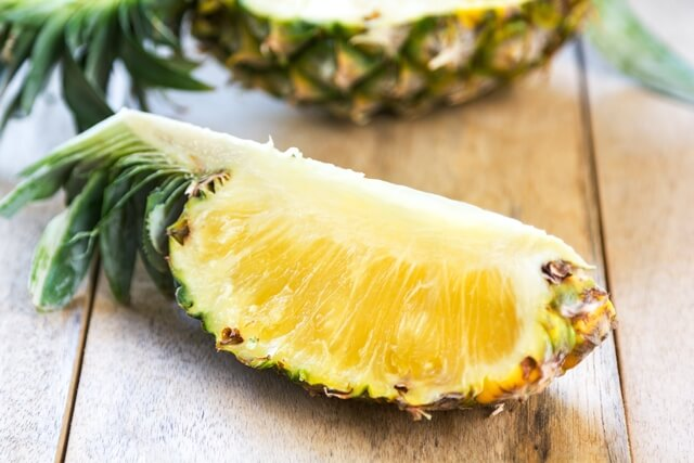 21 Lowest Calorie Fruits For Weight Loss List; Pineapple
