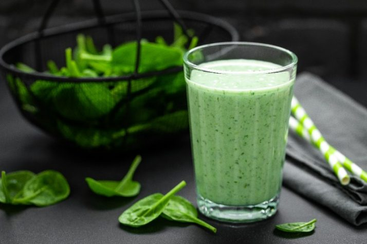 How To Use Spinach In A Smoothie: All Your Questions Answered; Spinach green smoothie