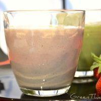 Strawberry Rhubarb Pie Smoothie