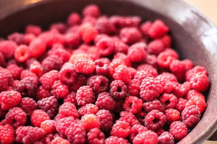 21 Lowest Calorie Fruits For Weight Loss List; Raspberry
