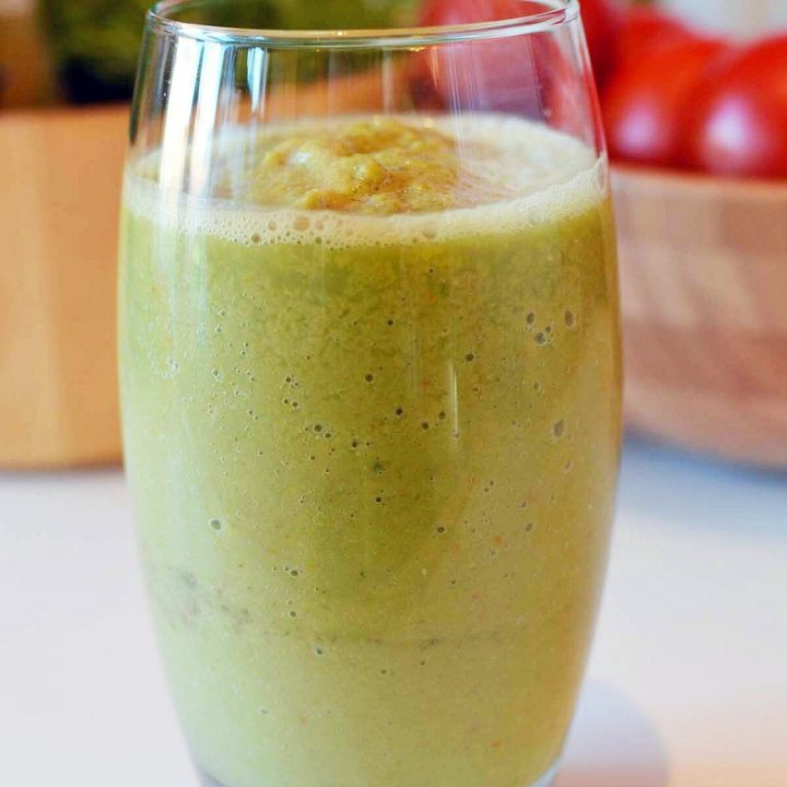 Turbo Nutrient Booster: Vegetable Smoothie Vitamin Powerhouse Recipe
