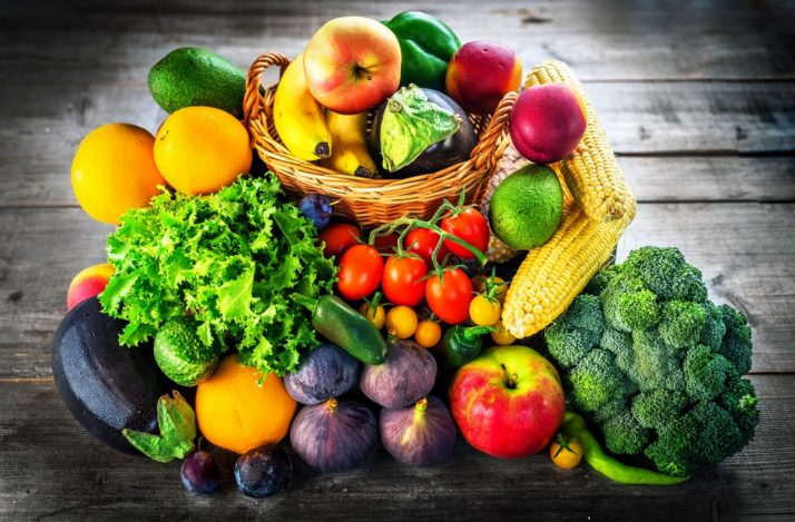 Guide To Fruit: Facts, Benefits, Tutorials, Recipes & Videos; Fresh fruits and vegetables