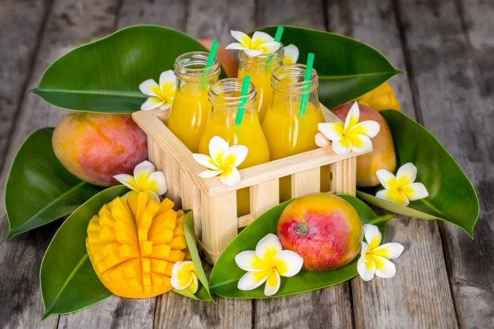 Guide To Mangos: Facts, Benefits, Tutorials, Recipes & Videos; Mango juice