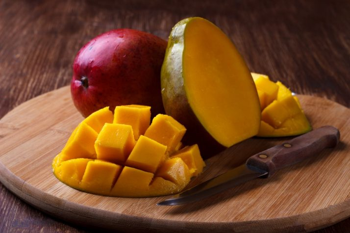Guide To Mangos: Facts, Benefits, Tutorials, Recipes & Videos; ripe organic mango