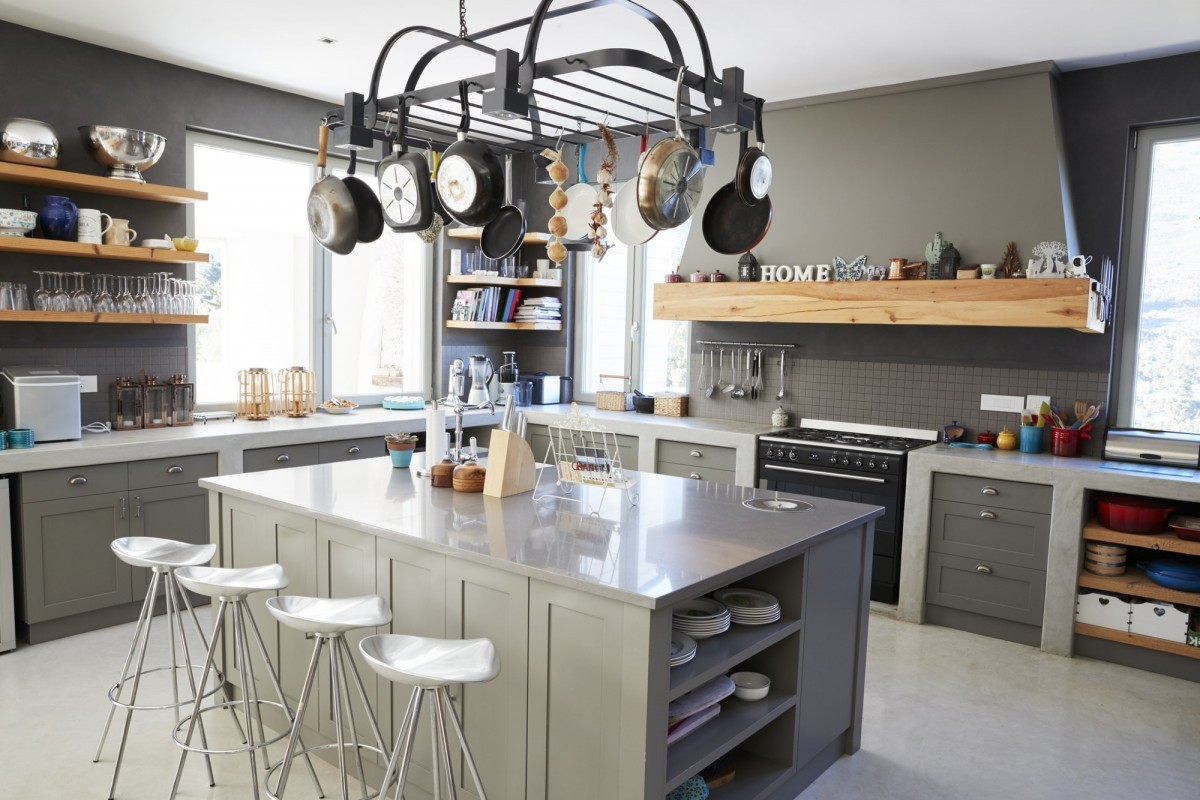 16 Best Smoothie Storage Solutions: My Smoothie Station Ideas; Kitchen Area Of Modern Home Interior With Island And Appliances