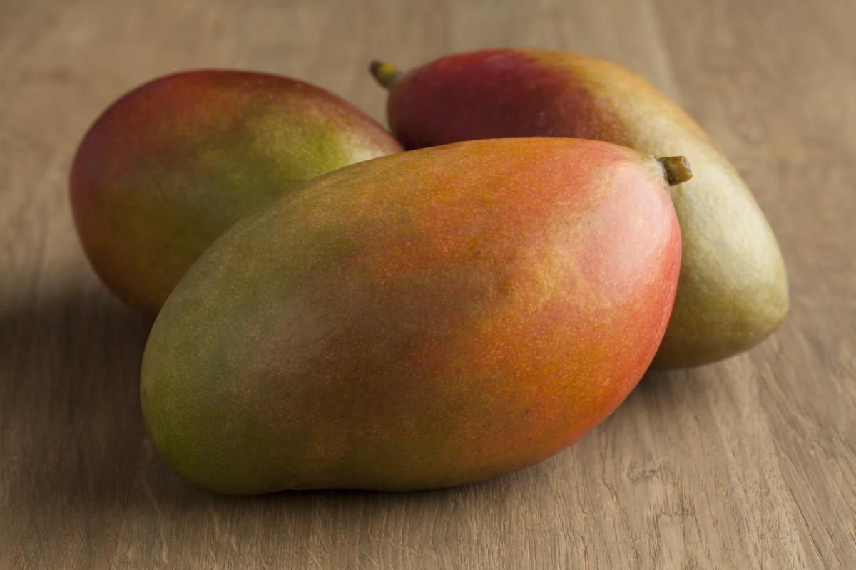 Fresh ripe mangos